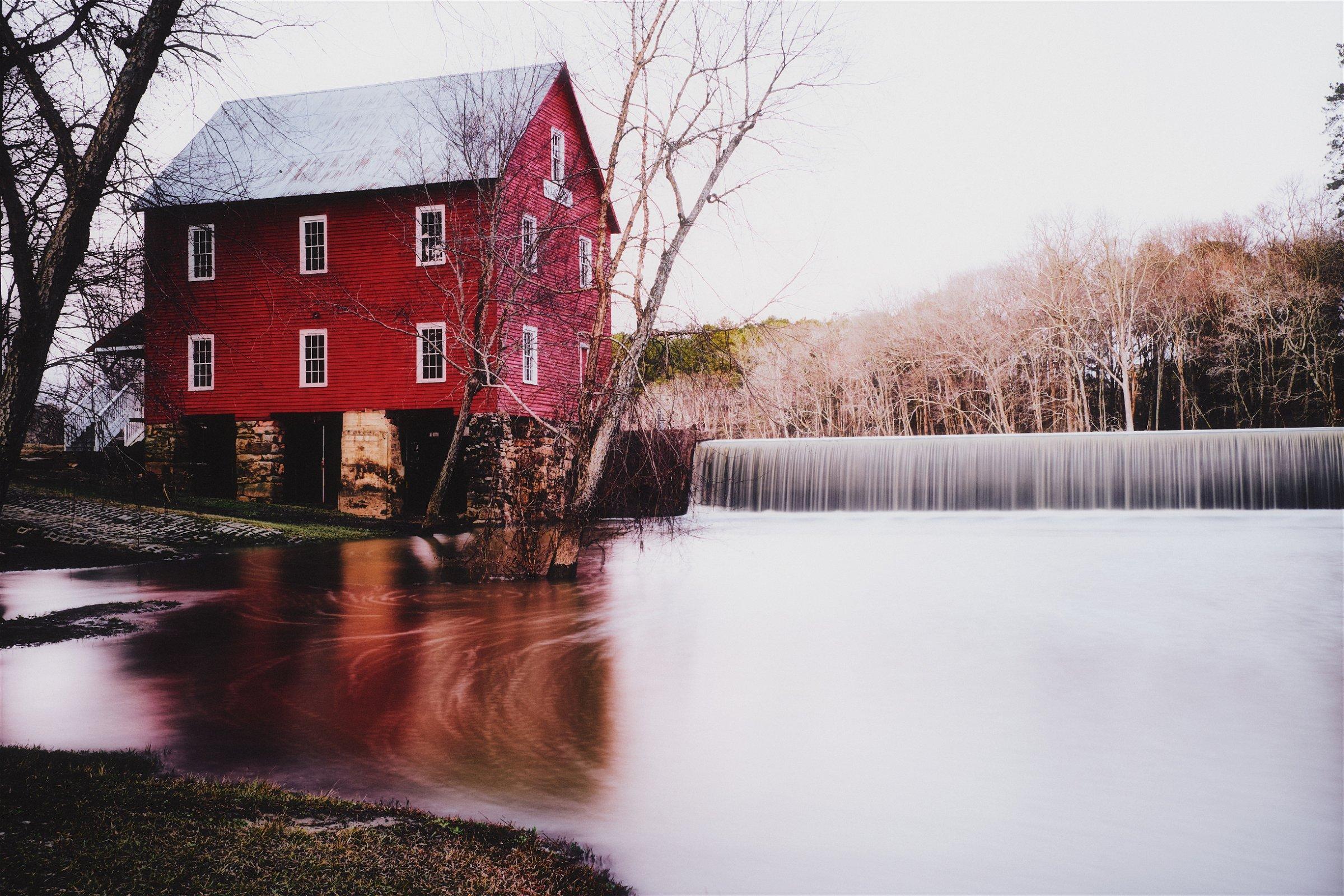 Waterhouse-Starrs-Mill-Waterfall